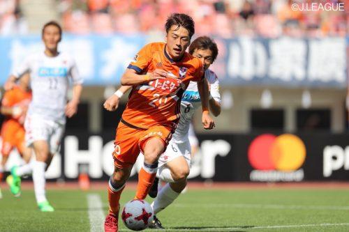 ●新潟MF森俊介、東京Vに期限付き移籍「また皆さんの前に立てるように」