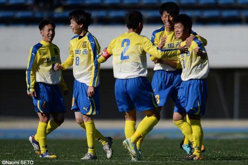 ●上田西、大量5ゴールで快勝し準々決勝進出…田中と根本が2得点