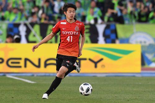 名古屋、DF菅原が史上最年少でプロA契約締結「このクラブで引退できるように」