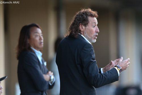 ラモス瑠偉監督が日本代表の練習視察…西野監督は「やっぱりピッチが似合う」