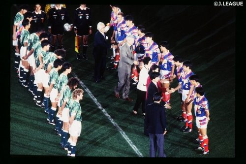 Jリーグ開幕25周年記念! 『DAZN』が1993年の開幕試合「V川崎 vs 横浜M」を無料配信