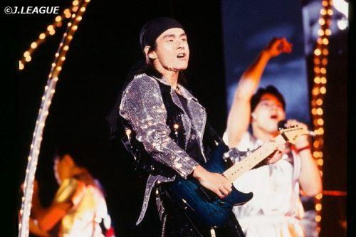 Jリーグ開幕25周年でテーマ曲『J'S THEME』がリアレンジ配信、TUBE春畑「百年後もスタジアムで」