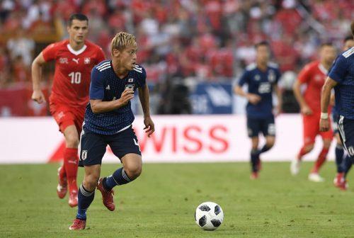 ●残されたテストは1試合…得点力不足に悩む日本代表、本田が求めるのは「3人目」