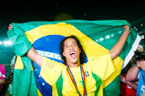 【コラム】ロナウジーニョ…サッカーを楽しみ、サッカーファンを楽しませた「笑顔のマジシャン」