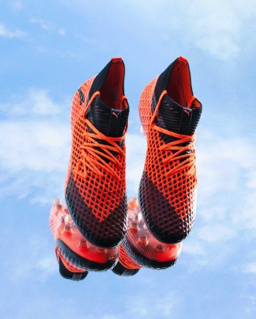 batch_18AW_PR_TS_Football_FUTURE_Q3_Product_3105