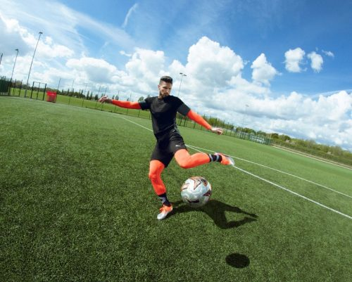 batch_18AW_PR_TS_Football_PUMAONE_Q3_Giroud_00483