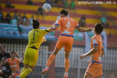 ●アルビ新潟Sが4ゴールを決めて危なげなくゲイランに勝利