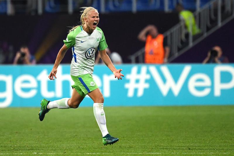 UEFA女子最優秀選手賞はヴォルフスブルクFWハーダーが受賞…国内2冠やCL ...