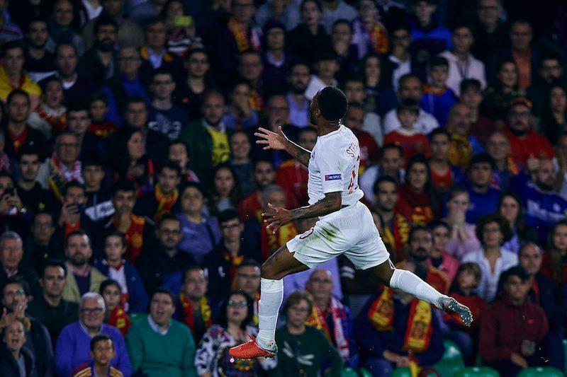 英代表監督、スペイン戦で2得点のスターリングに満足感「彼の活躍が嬉しい」