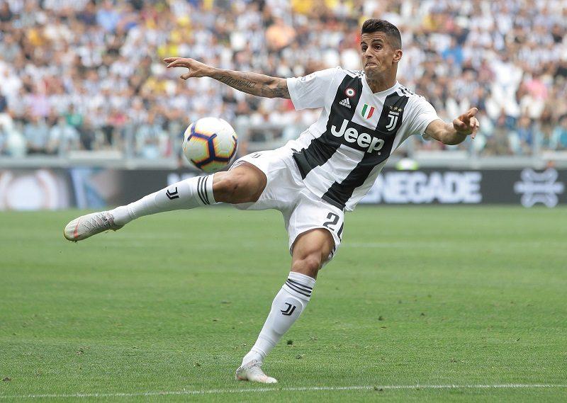 ユヴェントスDFカンセロ、無事右ひざの手術成功…今季15試合に出場