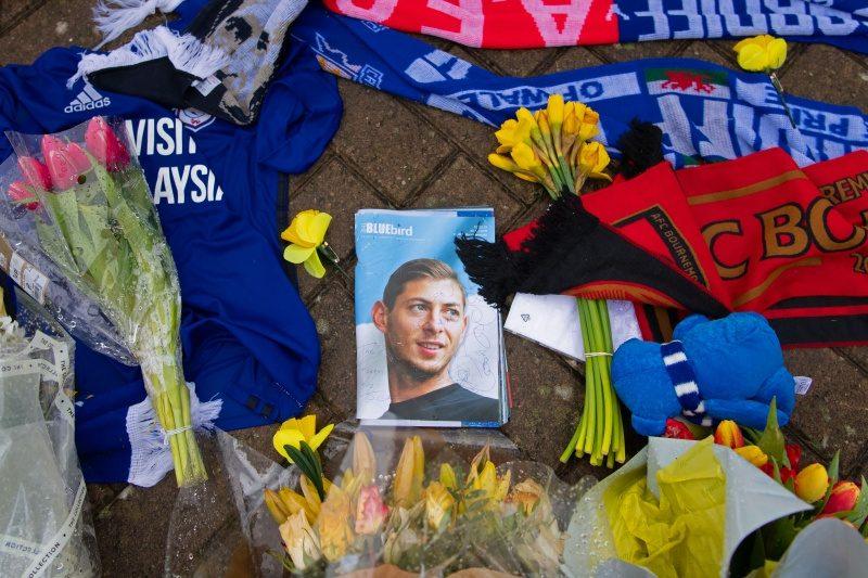 飛行機墜落事故で亡くなったサラの移籍金問題、支払い期限が延期に