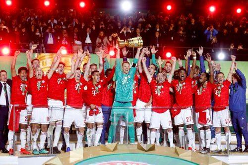 バイエルンが最多19回目のドイツ杯制覇! レヴァ2発などでライプツィヒ撃破