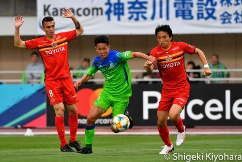 J1 20190504 Shonan vs Nagoya Kiyohara9(s)