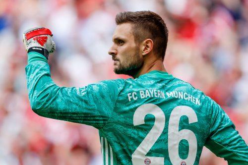 """バイエルンの""""控え""""GKウルライヒがドイツ代表初招集! レノは親指の負傷"""