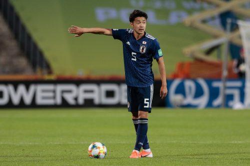 ●菅原由勢がオランダへ! リーグ4位のAZへ期限付き移籍を発表