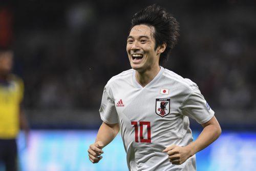 10番は中島翔哉! 久保建英は17番に…カタールW杯予選に挑む日本代表の背番号を発表