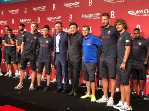 バルセロナが日本上陸! 安部裕葵、グリーズマン、デ・ヨングらをお披露目!