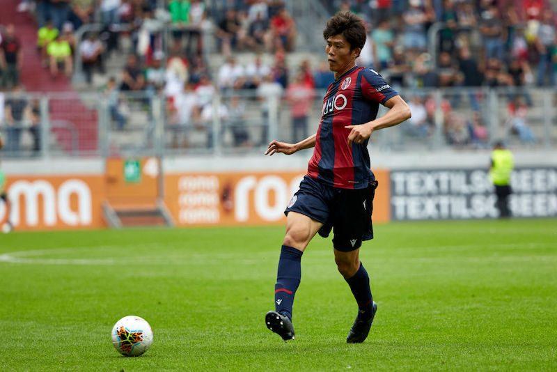 冨安がボローニャで移籍後初ゴール!途中出場ながらも、開幕に向けて結果でアピール