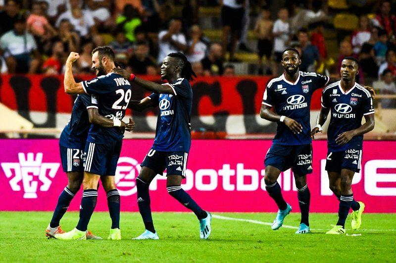 リーグ・アンが開幕! リヨン、セスク一発退場のモナコに3発完勝