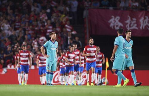 バルサ、グラナダに敵地で2発完敗…メッシが今季リーグ戦初出場も無得点