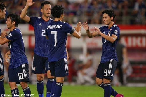 日本、大迫&南野弾でパラグアイに快勝! 後半出場の久保は不発も存在感発揮