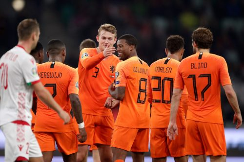 ワイナルドゥムが2ゴール! オランダ、敵地でベラルーシに競り勝ち4連勝