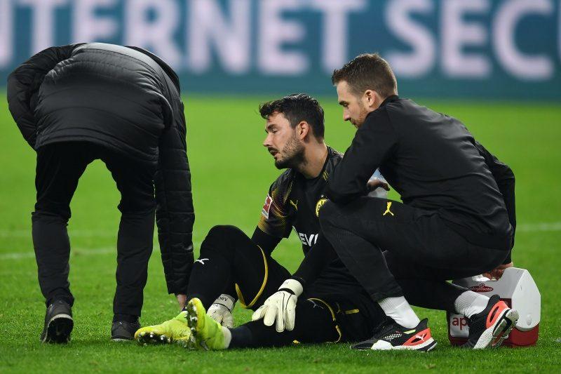 ドルトムントGKビュルキが左ひざを負傷も…インテル戦出場に望み
