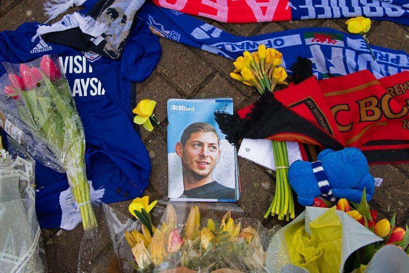 悲劇の航空事故から一年…サラ氏の家族が事故の捜査進展を呼び掛け