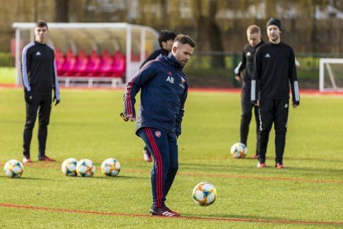 Arsenal Training Day 2020-22