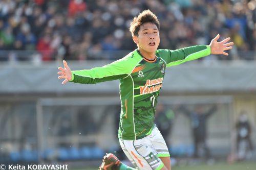 指揮官が「柴崎より肝が据わっている」と称賛…青森山田の1年生MF松木玖生が参考にしている選手は?