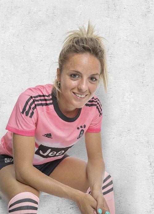 FW20_FOOTBALL_HUFC_ACLUBS_JUVENTUS_ROSUCCI_ADIDAS_0756