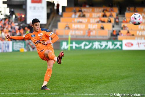 20201129 Shimizu vs Shonan Kiyohara(s)23